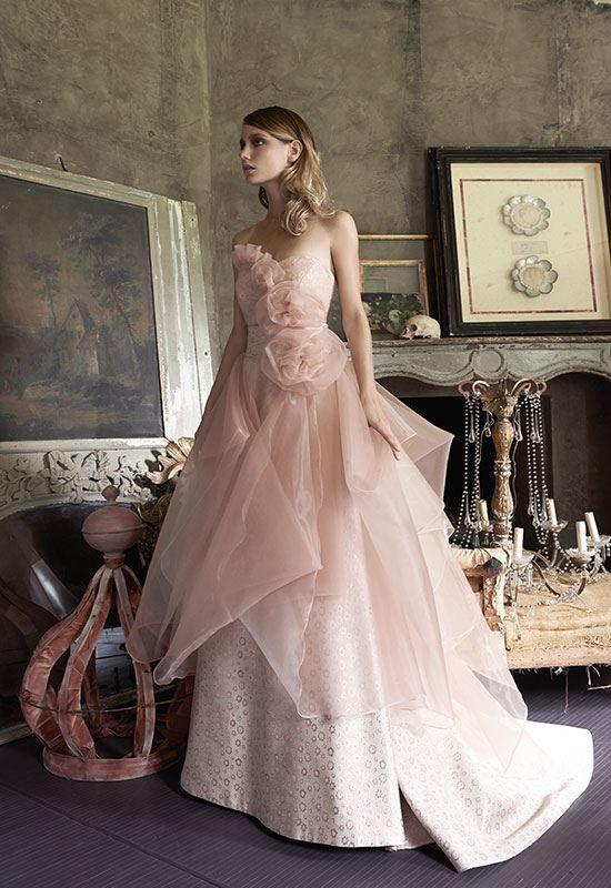 """Collezione Signature 2014 - Elisabetta Polignano: abito ampio, tinte sul rosa, con decorazioni a tema realizzato in """"broccato di seta"""" #wedding #weddingdress #weddinggown #abitodasposa"""