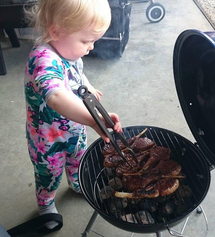 Her first go on the bbq!! Me little offsider doing her own thing!! Lamb cutlets with @suck_knuckle_smokers lamb rub!  #bigbosbbq #sksbbqrubs #lowandslow #bbq #weber #webergrills #bbqdownunder #smoker #smokedmeat #bbqlife #grillporn #vegan
