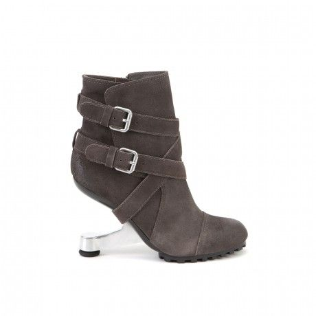 United Nude, reduced from 290 EUR to 139EUR!!!