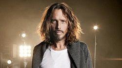 Фронтмен групп Soundgarden и Audioslave Крис Корнелл (Chris Cornell) умер в Детройте на 52 году жизни. Об этом сказано в заявлении агентства Associated Press, которому сообщил о смерти вокалиста его представитель Брайан Бамбери. Он сказал, что «смерть была внезапной и неожиданной», и что с