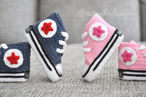 10 pair Crochet baby boy and girl sneakers  FREE by ZaznajkaDesign, kr2700.00