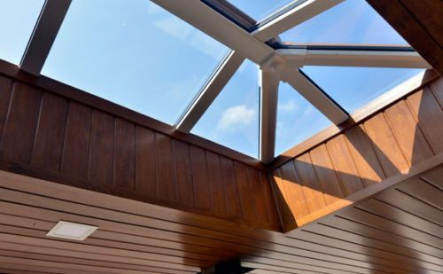 Eurocell-Skypod-Flat-Roof-Lantern-Sky-Light-Gazer-Glass-Ceiling-Window-Extension