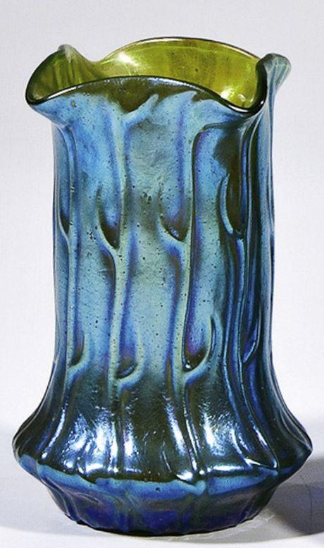 Loetz art glass vase, 'Neptun' pattern, 1903