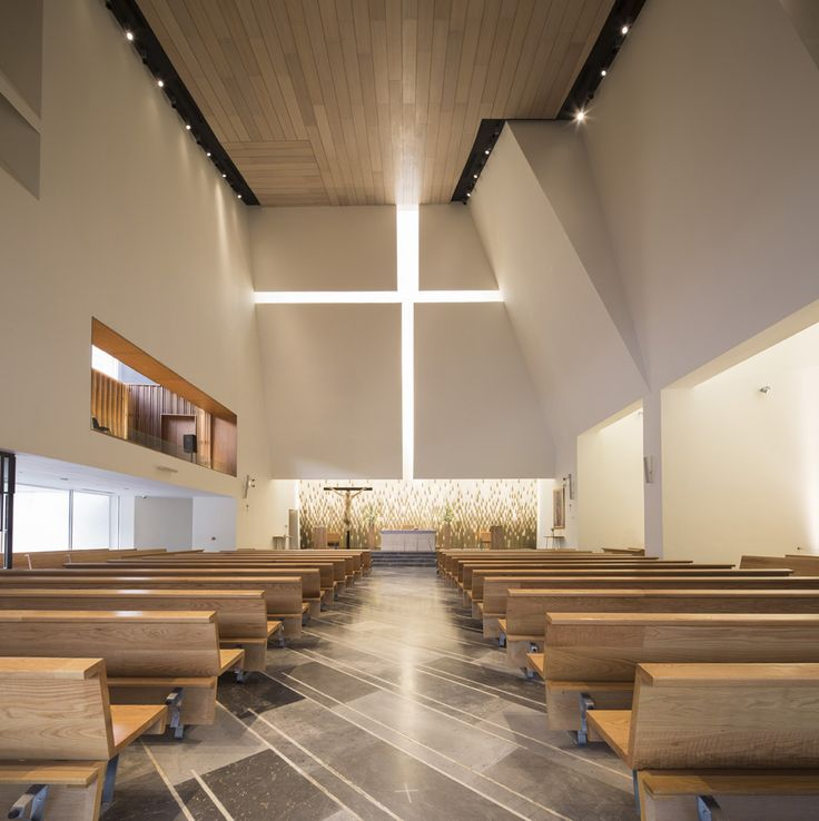 Parish Church Pueblo Serena, Moneo Brock - Photo by Jorge Taboada #interiordesign #architecture #churches #religiousbuilding #Arqmoderna #moneobrock