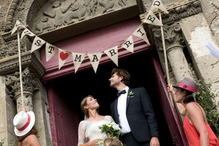 Vive les mariés sur les fanions