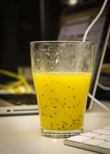 Een lekkere smoothie met sinaasappel, peer en kiwi.    Meer info: www.inventis.be     Hier vind je de[gezondste smooethies lekkerste smoethies smoothies die je makkelijk zelf kan maken  gezondste smoothies] smoothie-maken.webklik.nl/page/smoothie-maken