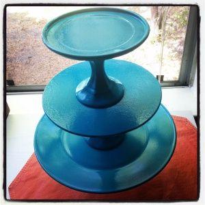 DIY Dollar Store Glass Cupcake Stand #dollar store #DIY cake stand