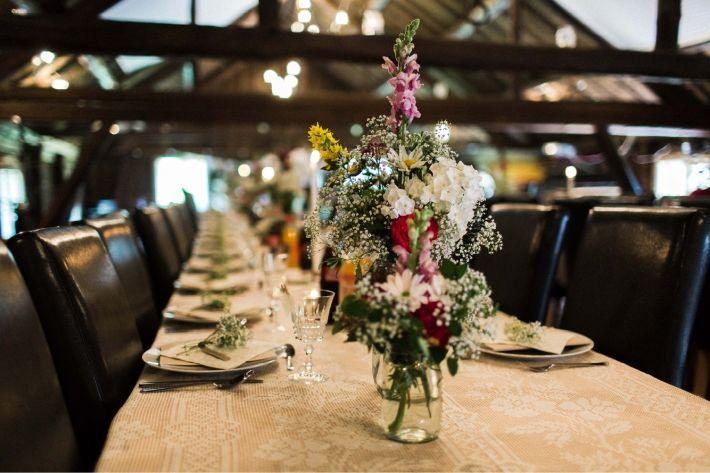 jostein & alise: een noorse bruiloft in een schuur - SUEGRAPHY. // blog