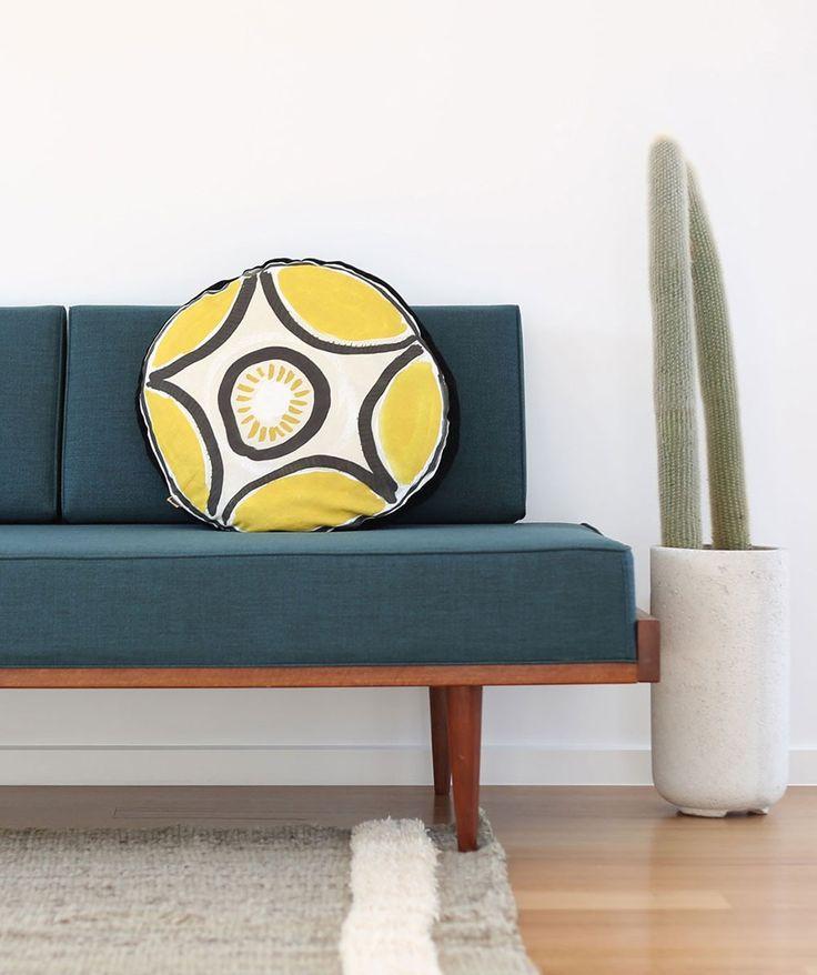 Star Cushion.   http://www.huntingforgeorge.com