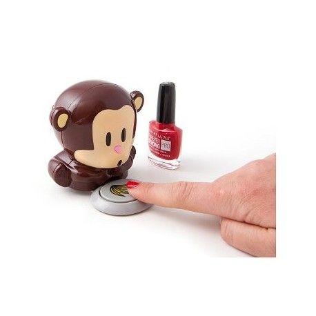 Monkey Nail Polish Dryer, de ideale metgezel tijdens het lakken van je nagels. Druk je op de banaan? Dan blaast de gadget koele lucht uit en zorg je ervoor dat je nagels een stuk sneller drogen. Dankzij het compacte formaat neem je de Monkey Nageldroger eenvoudig overal mee naartoe.
