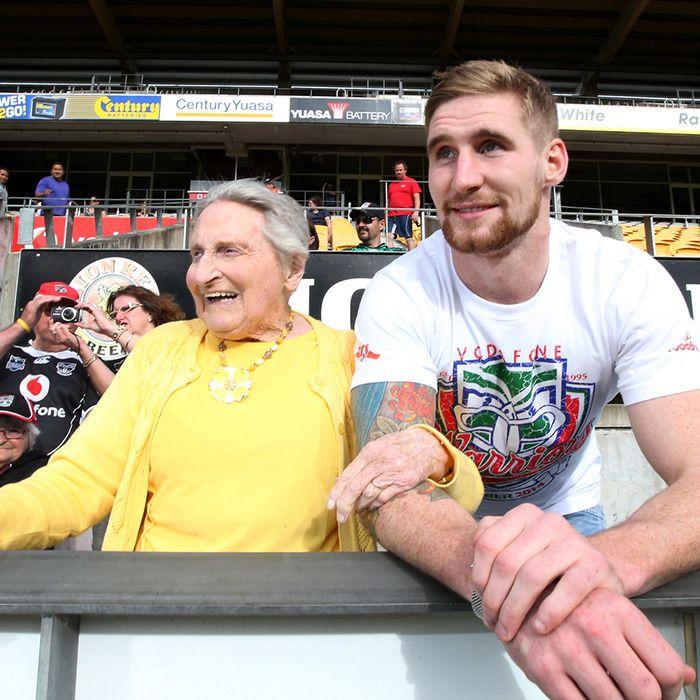 Sam Tomkins with 92-year-old Member Edna