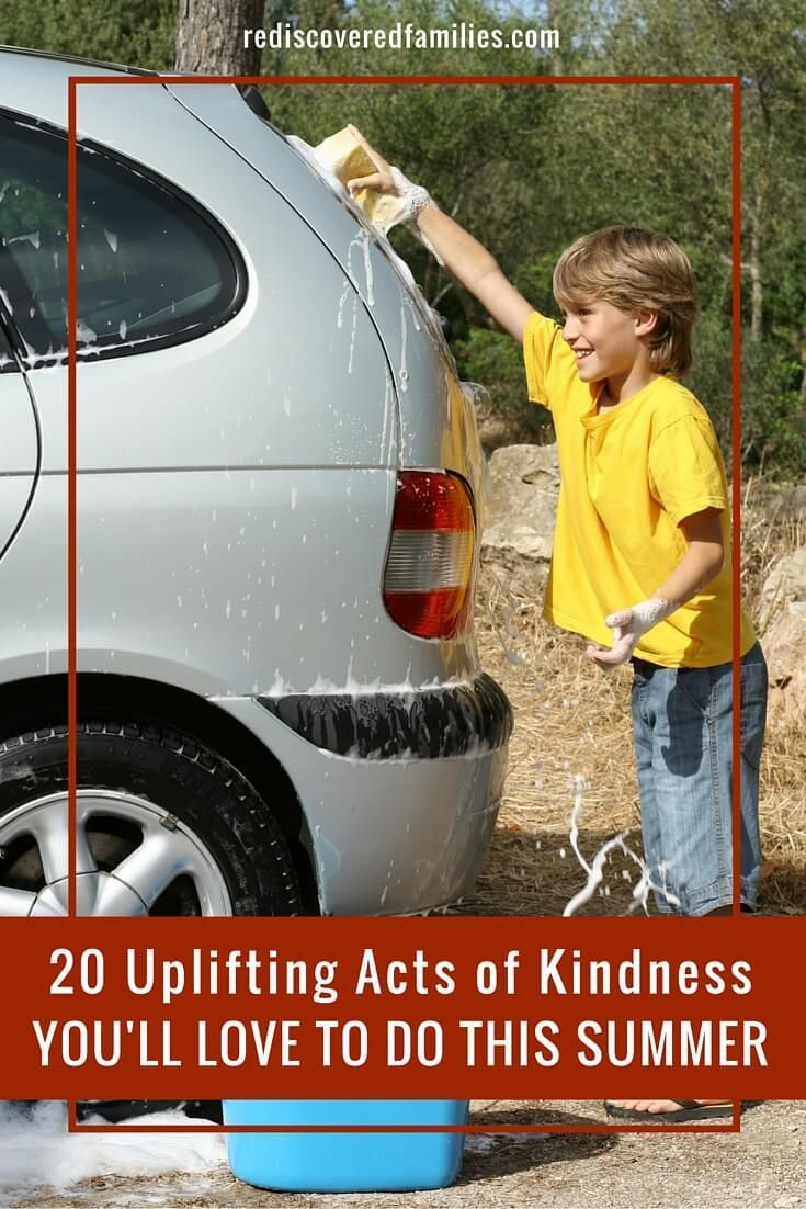 Looking for some simple acts of kindness your family can do together this summer? Click here for a great list of ideas with a summer theme. Which ones will you do with your kids? Don't forget to grab my free printable.