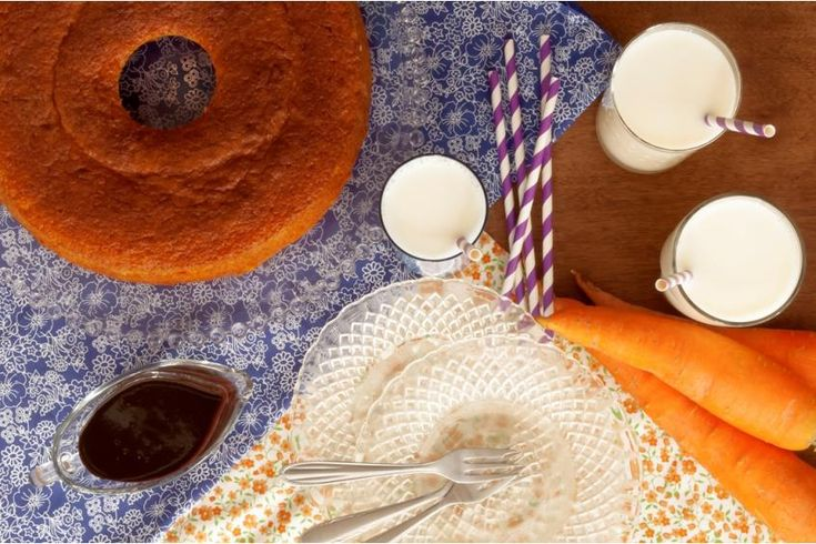 Dona Hilorina sempre recebia os netos depois da escola com alguma surpresa. A preferida era o bolo de cenoura com calda de chocolate. A receita passou de geração em geração e rendeu ensinamentos de truques e segredos da cozinha para os filhos e netos.