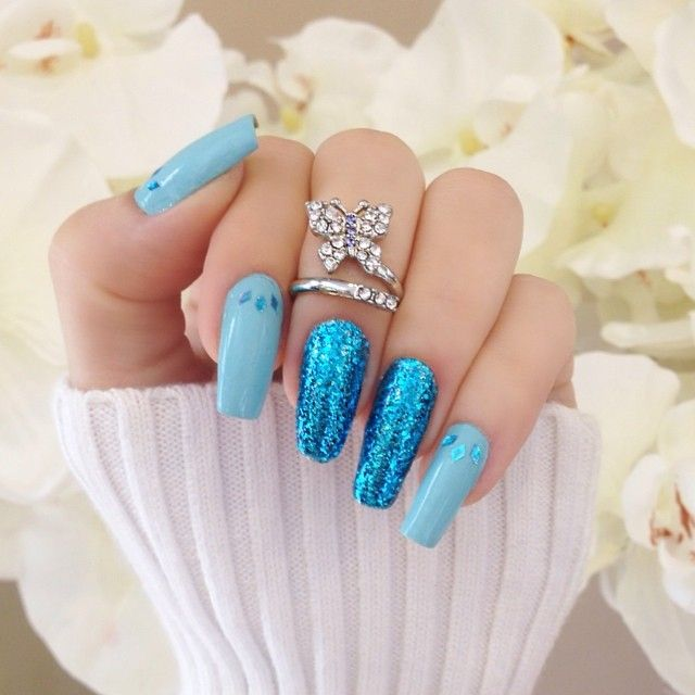 Blue glitter nails i am so in love with them you have to admit they are a pretty color