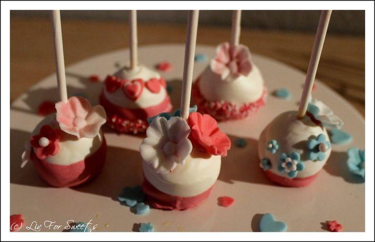 Projekt JGA – Teil 2 – Brautpaar und Blumen Cake Pops – Hochzeit – Rezept …   – **Liv For Sweets**