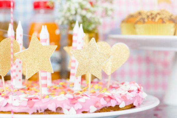 golden cake toppers | DIY  by http://titatoni.blogspot.de/