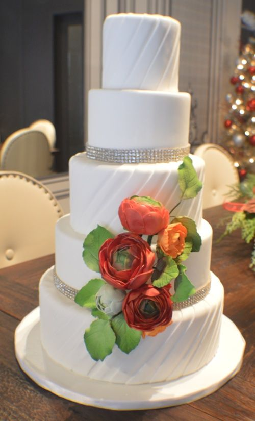 user vanille chicago i do chicago wedding wedding cakes pin 1 heart 1