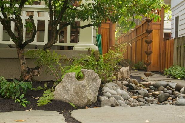Landscaping Muddy Yard : Landscape makeover planning and collaboration turn muddy yard into
