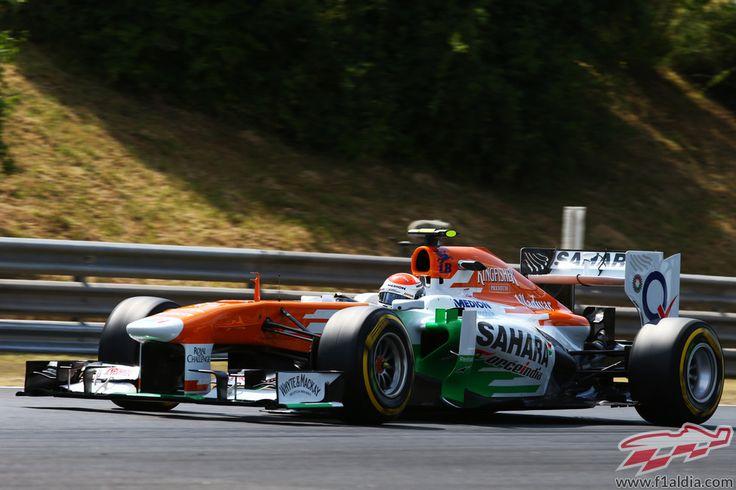 Adrian Sutil rueda con el blando con su VJM06