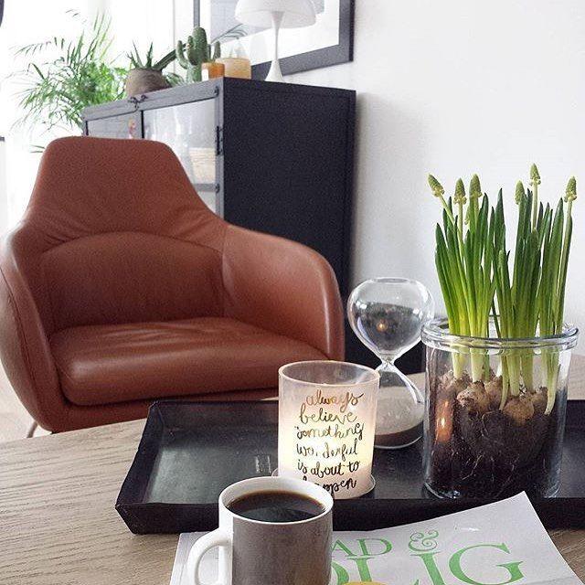 Bent Hansen at home // Asento lounge chair in @malivasverden's lovely home. Photo: @malivasverden