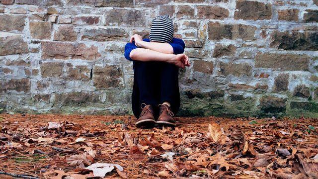 Se estima que cerca de 42,6 millones de adultos mayores de 45 años en EE.UU. sufren de este problema.