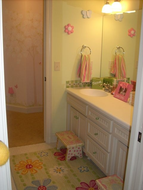 1000 images about ideas for when we build on pinterest for Kids jack and jill bathroom ideas