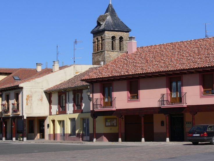 Mansilla de las Mulas, León, Camino de Santiago