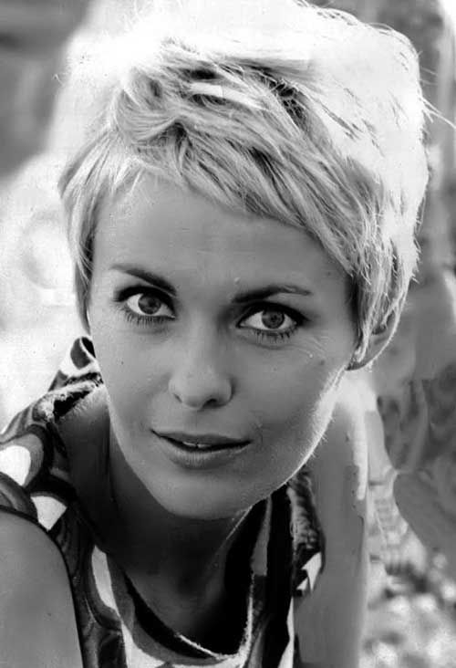 15.Pixie Cuts with Fringe