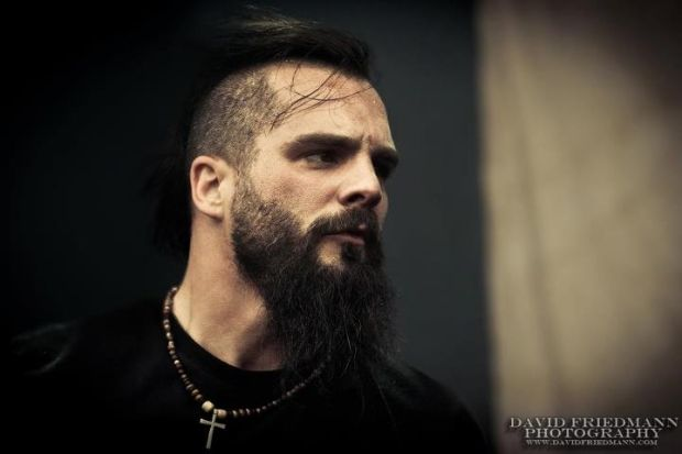 Jesse Leach. Don't care for the band.