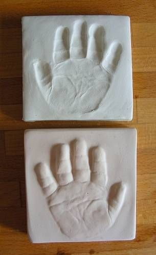 DIY Tutorial - baby hand imprint and outprint with air dry clay and plaster of paris