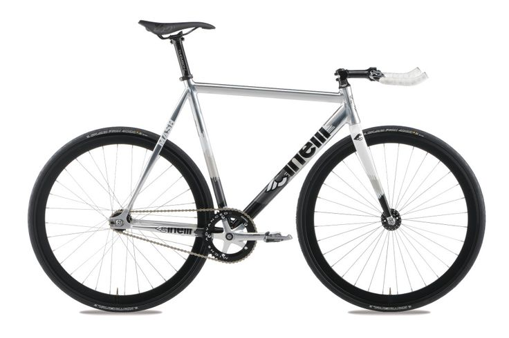 Cinelli Mash Histogram Colore Metal http://www.ruotapiu.it/index.php/product/cinelli-mash-histogram-2014/#.VMN5PHv552A
