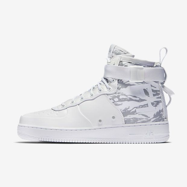 Nike SF Air Force 1 Mid Winter Men's Lifestyle Shoes White nK5109Z