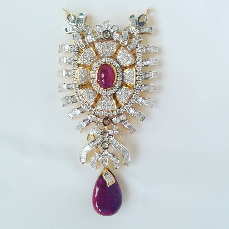 #rockfinejewels #gemologist #customjewellery #finediamondjewellery #finejewellery #designjewelry #ilovediamonds #ilovejewellery #jewelleryaddict #torontowedding #torontojewellers #torontojewelry #weddingjewellery #weddingjewelry #pushgift #sayido #customdesign #expertjeweler #passionforjewellery #ruby #rubyanddiamond