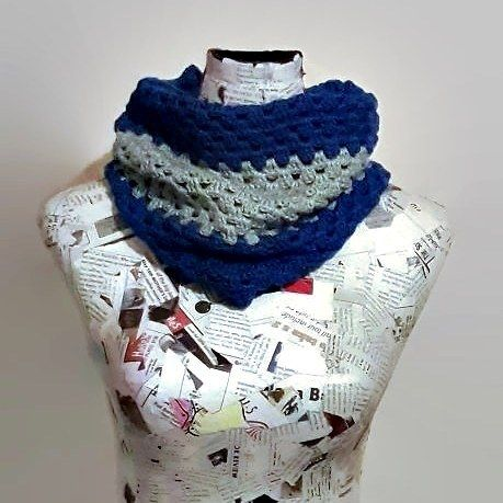 Cuello a crochet #tejeresmisuperpoder #tejer #crochet #granny #crocheting #crochetlove #crochetinspiration #crochetideas #handmade#wool#lana#crochetaddict#crochetlife