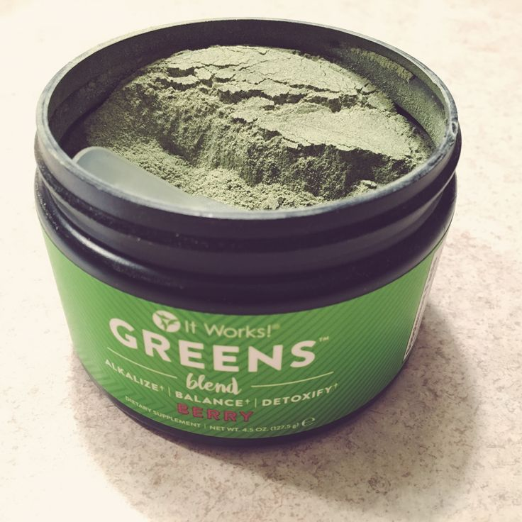 It Works Berry Greens • Detox - Alkalize - Balance • 100% Natural (2 SCOOPS once a day to get all your nutrients from your fruits and veggies daily.)