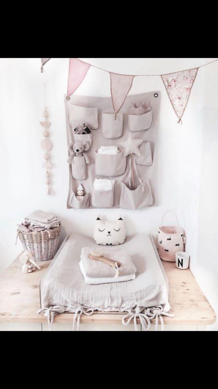 Lidor - changing table inspiration - baby girl nursery