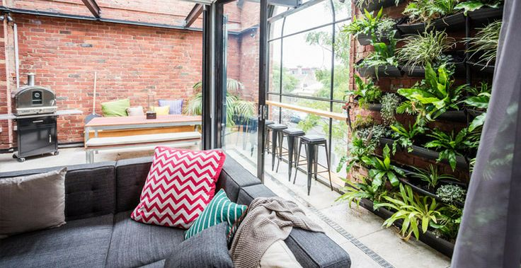 We love the DIY coffee-shop style bench in Chantelle and Steve's Outdoor Terrace! #TheBlock