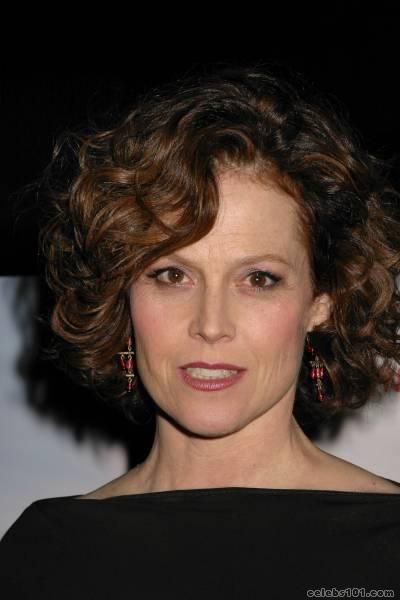 Sigourney Weaver, greatest action/horror female actress of all time.