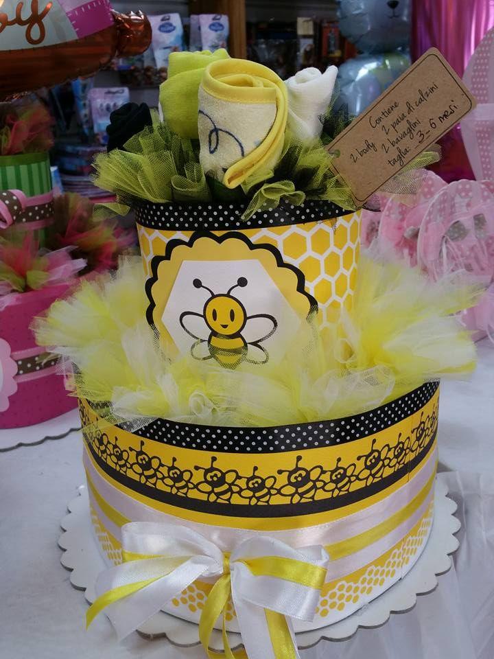 torta di pannolini diapers cake a tema ape