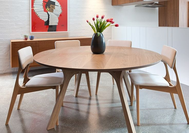 Lyssna Round Dining Table, Yo Dining Chair and Tierra Sideboard