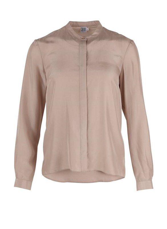 Silke skjorte med knaplukning - pudderrosa