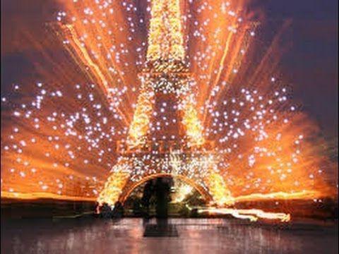 ✔Amazing Eiffel Tower Fireworks Set To Music