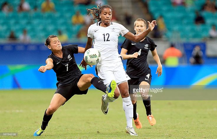 Elodie Thomis #12 of France in action match between New Zaland and France at Arena Fonte Nova on August 9, 2016 in Salvador, Brazil.