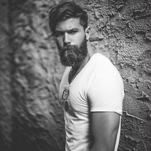 fracrox_natural medium length hair and beard