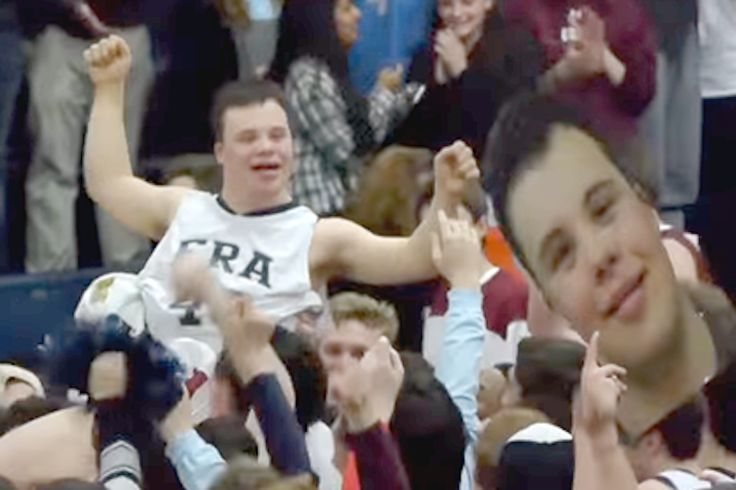 High School Basketball Manager With Down Syndrome Scores A 3-Point Shot To Win The Big Game - http://www.lifedaily.com/high-school-basketball-manager-with-down-syndrome-scores-a-3-point-shot-to-win-the-big-game/