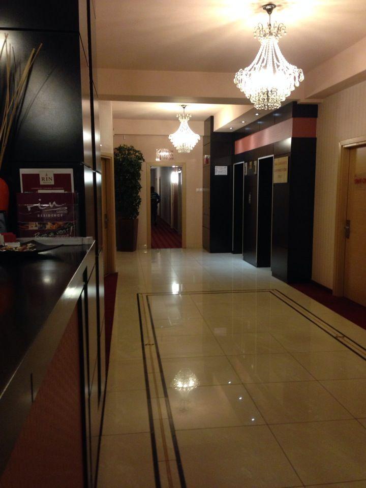 4 Stars Hotel