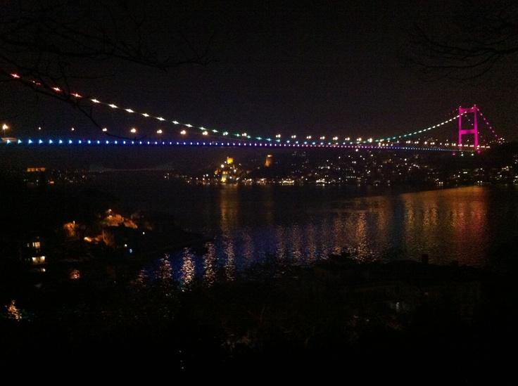 Fatih Sultan Mehmet Bridge, Istanbul - View from Mihrabat Korusu.