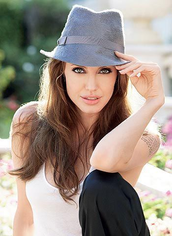Angelina Jolie's Vogue Tips for Women to Get | Hairstyles Trending