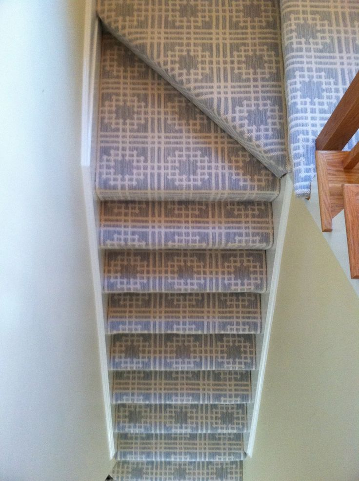 Best 17 Best Images About Wall To Wall Stair Runners Stair Treads On Pinterest Carpets Floral 400 x 300