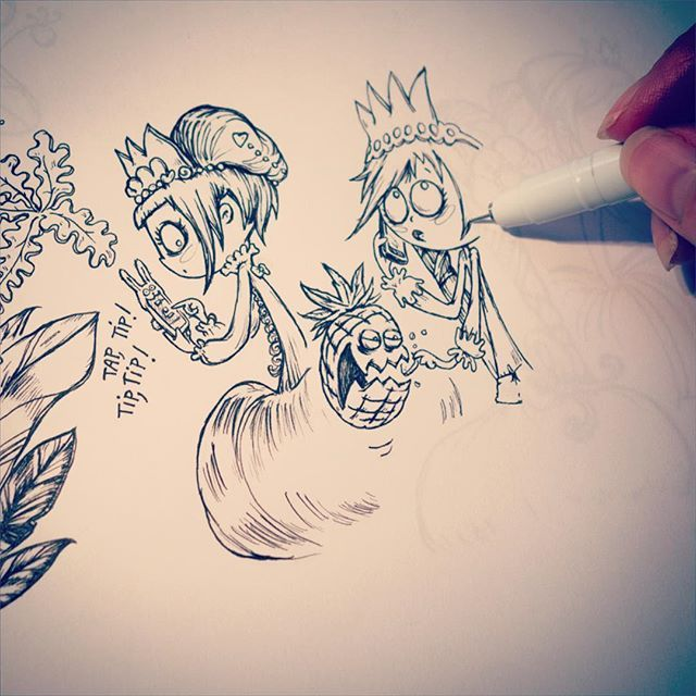 Tap, Tip ! Tip, Tip !  J'te confirme, @piou_piou il y a bien des ananas zombies dans la pension de Spooky. C'est quand même un peu trop 'Burton' non ?? Envoyé du magicphone de princesse Groseille.